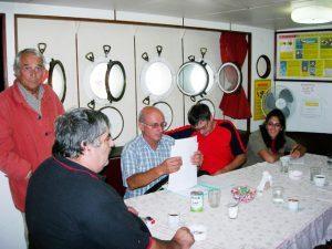 seamens-club-marseille-benevoles_a_bord-300x225