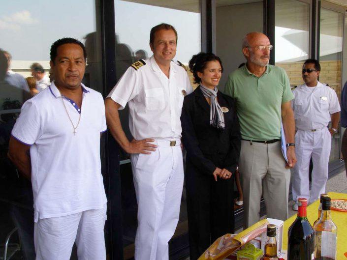 Célébration de l'accueil du 100 000 éme marin, Claudia du paquebot Bleu de France.